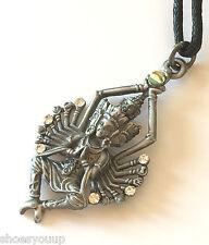 Briar Dharma Étain Symbolique Pendentif Charm, Béni Étreinte, Protection