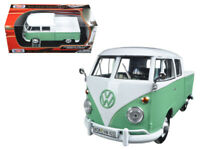 Motormax 79343 Volkswagen Type 2 T1 Double Cab Pick Up Truck 1:24 White Green