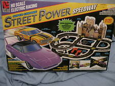 LIFE-LIKE HO SCALE SUPER CHROME STREET POWER SPEEDWAY SLOT CAR SET NEVER OPENED!