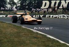 Dan Gurney McLaren M14A di British Grand Prix 1970 fotografia 2