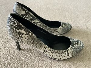 Marks & Spencer UK Size 7 Wide Fit Grey Mix Snake Skin Print Vegan Shoes