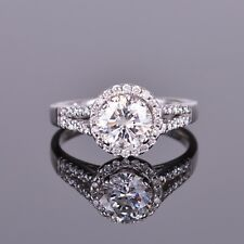 Round Diamond Engagement Ring with Halo in 14k WG