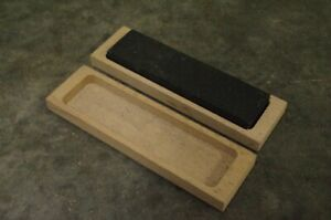 1 x Oil Stone Blade Sharpening Stone in Wooden Case