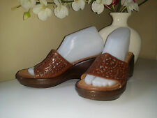 Thom McAn Poron 4000 Lifetime Comfort Brown Leather Slides Wedge Sandals Sz.7