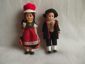 Alte kleine Schwarzwald Trachten Puppen mit Schlafaugen
