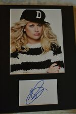 "AMY POEHLER  AUTOGRAPH SIGNED  CARD (10""X 8"" PHOTO) (SNL)  COA 55"