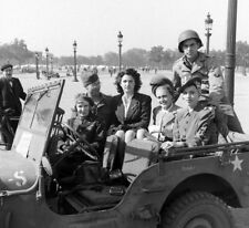 WW2 WWII Photo French Women in American Jeep  World War Two France / 8076