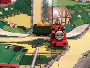 thomas the tank engine trackmaster trains Nia