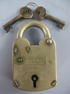 Nostalgia Padlock With 2 Key, Retro Castle, Iron Brass Colours