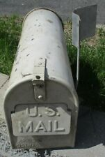 Vintage Rustic Rural Galvanized Steel Old Us Mailbox w/ door Cincinati Pump Co.