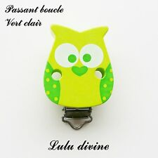 Pince / Clip en bois, attache tétine, passant boucle, Hibou/ Chouette : Vert cla