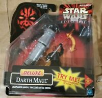 1998 HASBRO Star Wars Episode 1 Deluxe Darth Maul figure and Lightsaber ACTION