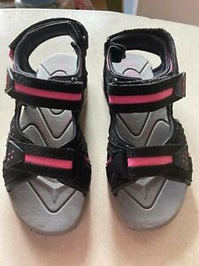 Girls C9 Champion Purple Print Slide Sandals Crisscross Strap Size 2//3 BRAND NEW