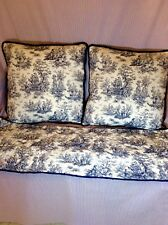 Side Pillows and Table Runner Set