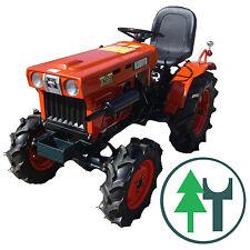 Kleintraktor Allrad Traktor Kubota B7001 neu lackiert überholt Klein Schlepper