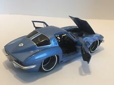 JADA Toys 1963 Chevy Corvette Sting Ray Coupe #90345 1/24 Scale Model Car