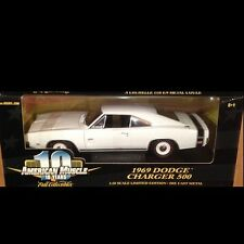 1969 Dodge Charger 500 WHITE 1:18 Ertl American Muscle 32944