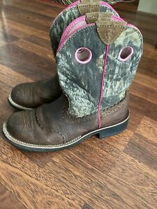 ARIAT Fatbaby 10006854 Pink Camo Cowgirl Cowboy Boots Womens Size 8,5B Western