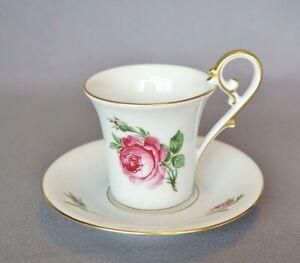AK Kaiser Mokkatasse Rosendekor Kaffeegeschirr gedeckter Tisch