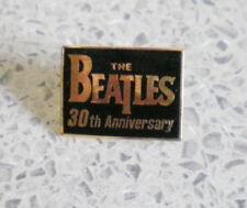 THE BEATLES PIN 30 th ANNIVERARY-THE BEATLES PIN-ALT-RAR-ca : 2 cm x 1,5-MU 1/17