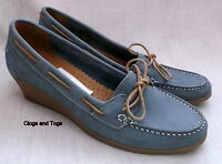 NEW CLARKS FREESIA WOMENS BLUE NUBUCK LEATHER WEDGE SHOES SIZE 7 / 41