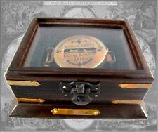 Kompass Peilkompass Taschenkompass aus Messing in edler Holzbox im Antikstil