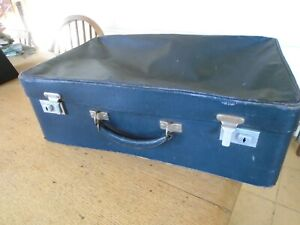 SMALL VINTAGE NAVY SUITCASE