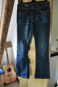 stretch blue ladies jeans Internacionale  Size approx 12