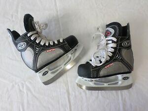 Easton Synergy 100 Junior Ice Hockey Skates Size 8