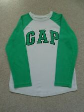 Boy's Green/White Gap Long Sleeved T-Shirt Size M (Age 8-9 Years)