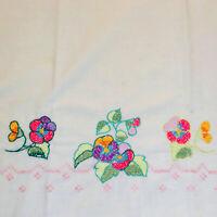 * Linens Pillowcase Vintage Standard EMBROIDERED Floral Flowers Blend (1)