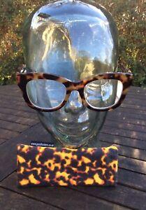 Goodlookers 2.50 Reading Glasses Tortoiseshell Lightly Used.