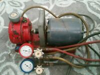 Blue Point  Vacuum Pump With Gauges Working
