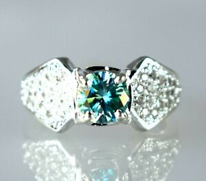 Green Diamond 3.41 Ct Solitaire Halo Men's Wedding Ring Ideal Gift For Husband