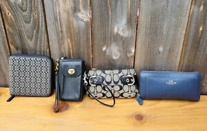 LOT 4 COACH CLUTCH/PHONE CASE/WRSITLET/CD HOLDER JAQUARD LEATHER SIGNATURE