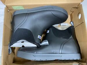 Xtratuf Men's Wheelhouse Ankle Deck Boot (XMW-000) (USED)