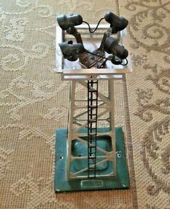 Lionel 395 Floodlight Tower Metal Silver Flood Light w/ladder, O-27 O Gauge used