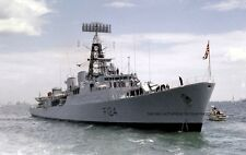 ROYAL NAVY TRIBAL CLASS FRIGATE HMS ZULU IN THE SOLENT IN 1977
