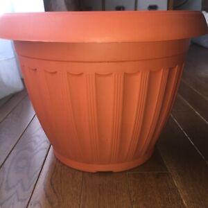 "1 Large Planter Round Plastic Plant Pot Flower Terracotta 15"" Wide 12"" Tall XL"