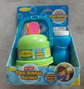 🎉 Little Kids Mini Bubbler Bucket No Spills New Green Bubble Maker Fun