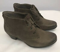 "Cobb Hill Brown Nubuck Leather Women's Lace Up Ankle Booties Sz 7 Exc 1.5"" heel"