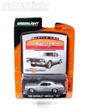 1968 '68 CHEVY CHEVELLE SS FLAMES MUSCLE CAR GARAGE DIECAST GREENLIGHT 2008
