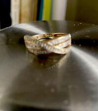 Stunning Sparkly 9ct Diamond Crossover Ring