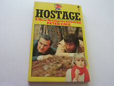 """HOSTAGE  1977  PETER CAVE  #6 IN THE SERIES ON """"THE NEW AVENGERS""""  TV TIE-IN"""