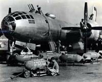 LOADING A B 29 PRIOR TO A RAID ON TOKYO 1945 8X10 PHOTO PRINT 28012003647