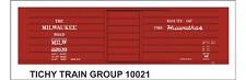 Tichy Train Group #10021 HO Scale MILW Rib Side Boxcar Hiawathas Decals
