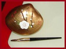 Japanese 'Beni-iri Awase-gai' Painted Seashell Kyobeni Lipstick Wht Plum Blossom