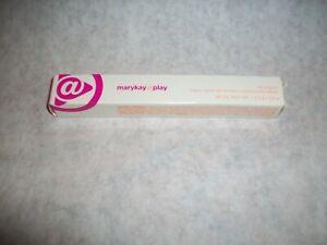 """Mary Kay at PLAY LIP CRAYON full size,#069248-""""Purple Punch-NIB FREE SHIP"""