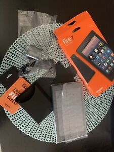 """Amazon Fire 7 (7th Generation) 8GB, Wi-Fi, 7In - Black New Open Box Camera 7"""""""