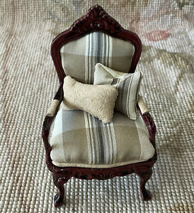 Pat Tyler Dollhouse Miniature Plaid Fabric Chair Seat With Pillow 415